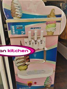 دستگاه بستنی ساز قیفی با بدنه استیل و با کیفیت بسیار بالا